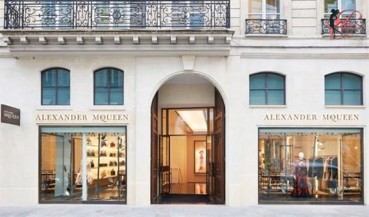 Alexander_McQueen_ rue Saint-Honoré_perfettamente_chic.JPG