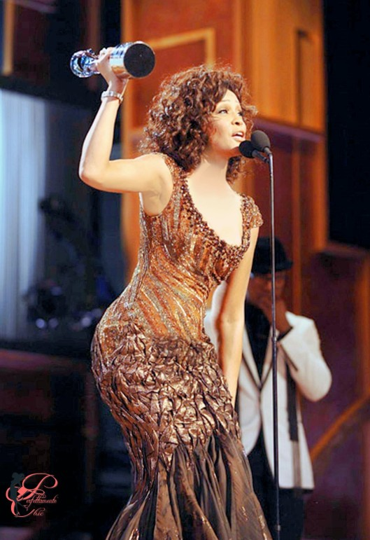Tony_Ward_perfettamente_chic_Whitney_Houston