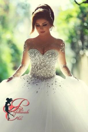 5ab843f969ac ... abito stile principessa perfettamente chic 1.jpg
