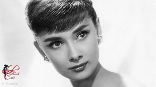 Audrey_Hepburn_perfettamente_chic.jpg
