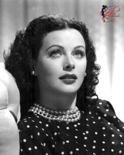 Hedy_Lamarr_perfettamente_chic_2.jpg
