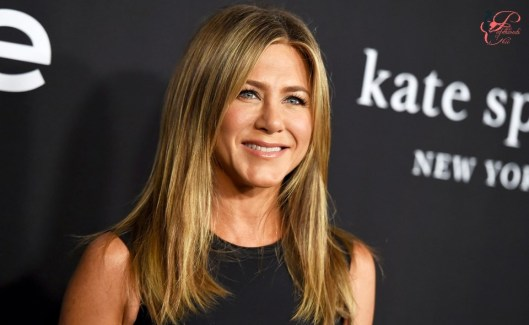 jennifer-aniston_perfettamente_chic