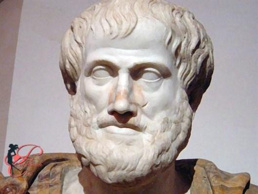 Aristotele_perfettamente_chic.jpg