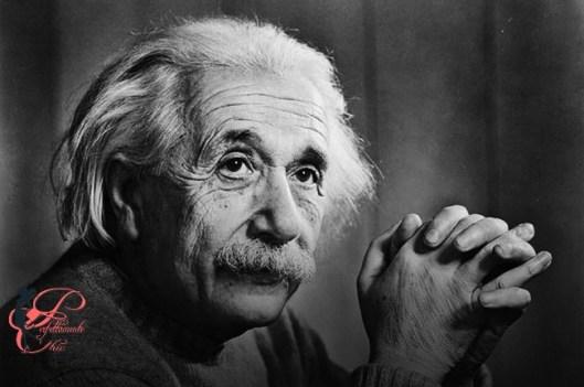 Albert_Einstein_perfettamente_chic.jpg