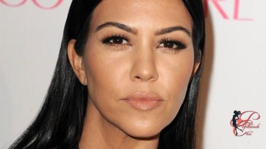 Kourtney_Kardashian_perfettamente_chic.jpg