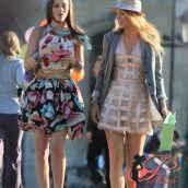 georges_chakra_gossip_girl_-con_blake_lively_e_leighton_meester_perfettamente_chic