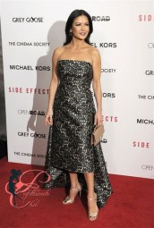 michael_kors_catherine_zeta-jones_perfettamente_chic
