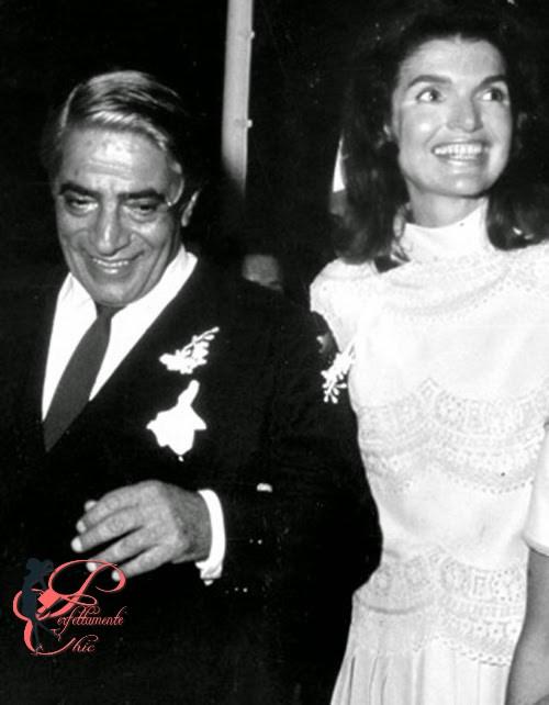 valentino_Jacqueline_Bouvier_Onassis_perfettamente_chic.jpg