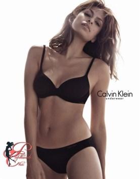 9calvin_klein_eva_mendes_perfettamente_chic