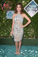 lucy_hale_jimmy_choo_perfettamante_chic