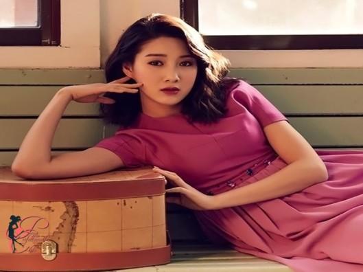 Joo_Da-young_perfettamente_chic.jpg
