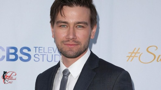 Torrance_Coombs_perfettamente_chic.jpg
