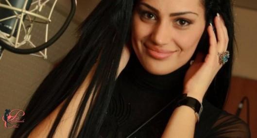 Eva Rivas_perfettamente_chic.jpg