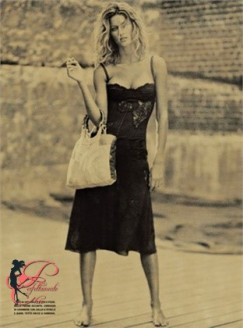 Dolce&Gabbana_Perfettamente_Chic_Photo_by_Paolo_Roversi_2002_vestito siciliano
