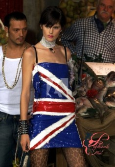 Dolce&Gabbana_Perfettamente_Chic_Union Jack_.jpg