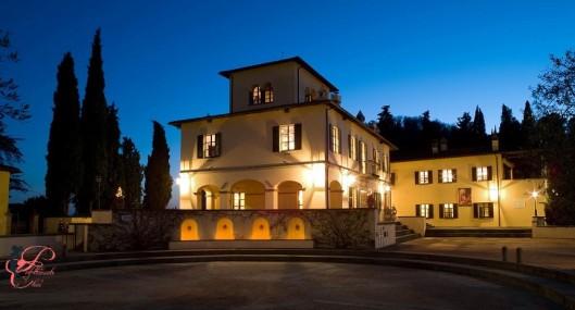 Brunello_Cucinelli_perfettamente_chic_castello_di_solomeo.jpg