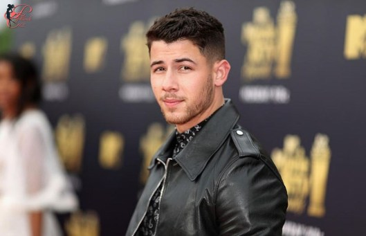 Nick-Jonas_perfettamente_chic.jpg
