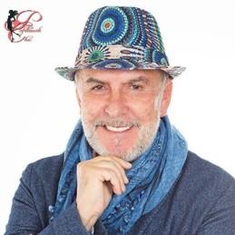 Alviero_Martini_ALV_perfettamente_chic_profilo.jpg