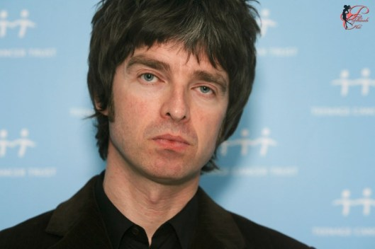 noel_gallagher_perfettamente_chic.jpg