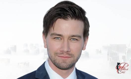 Torrance-Coombs_perfettamente_chic