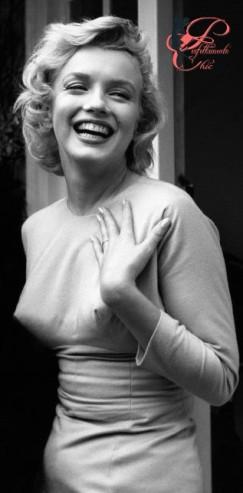 Marilyn_Monroe_perfettamente_chic_.jpg