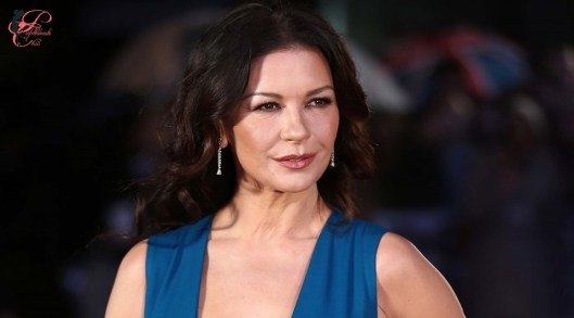 Catherine-Zeta-Jones_perfettamente_chic.jpg