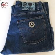 Franco_Moschino_perfettamente_chic_Moschino_Jeans.jpg