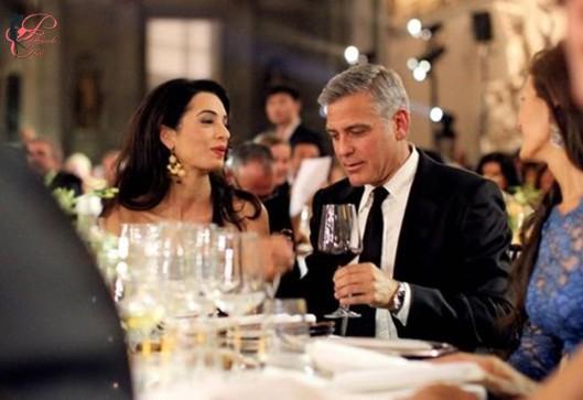 George_Clooney_Amal_Alamuddin_perfettamente_chic_wedding_.jpg