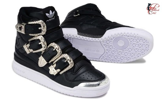 Jeremy_Scott_perfettamente_chic_Forum_Adidas.jpg