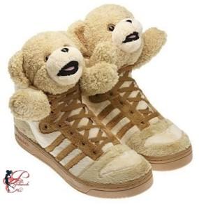Jeremy_Scott_perfettamente_chic_JS_Bears_Adidas.jpg