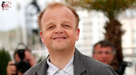 toby_jones_perfettamente_chic.jpg