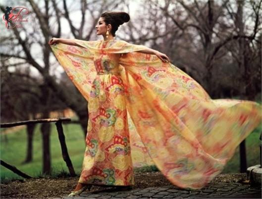 Irene_Galitzine_perfettamente_chic_pigiama_palazzo_1962.jpg