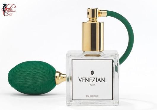 Jole_Veneziani_perfettamente_chic_eau_de_parfum.JPG
