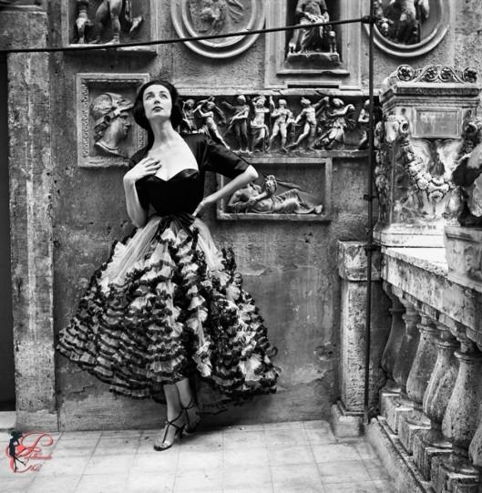 Simonetta_Colonna_di_Cesarò_perfettamente_chic_Harper's_Bazaar.jpg