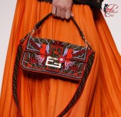 Fendi_perfettamente_chic_borse_colorate
