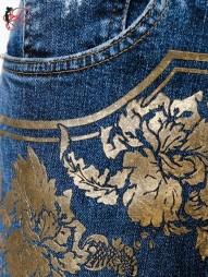 Roberto_Cavalli_perfettamente_chic_jeans_denim_stampato
