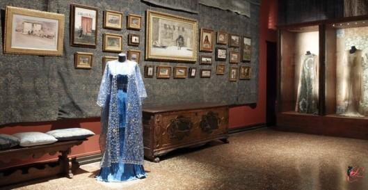 Mariano_Fortuny_perfettamente_chic_Museo_Fortuny