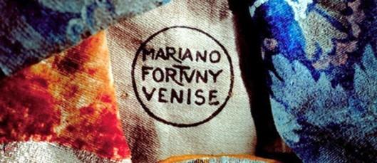 Mariano_Fortuny_perfettamente_chic_Tessuti_Artistici_Fortuny srl