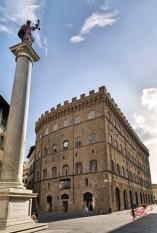 Salvatore_Ferragamo_perfettamente_chic_Palazzo_Spini_Feroni_Firenze