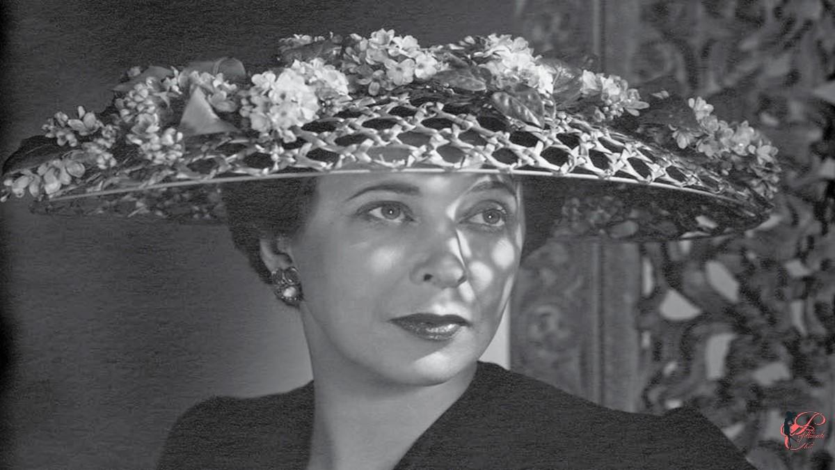 Lilly_Daché_perfettamente_chic_Yousuf_Karsh_1948